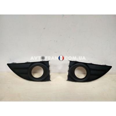 261521098R Накладки противотуманных фар Renault Fluence (2009-2013) Оригинал