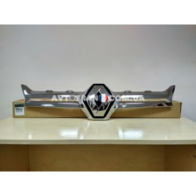 623827948R Накладка (хром) решетки радиатора Renault Duster (2015-2017) Оригинал