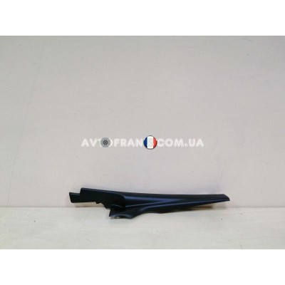 668220167R Накладка петли капота правая Renault Logan 2 (2013-...) Оригинал