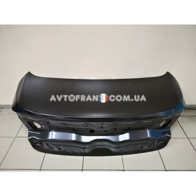 901001568R Крышка багажника седан Renault Megane 4 (2017-...) Оригинал