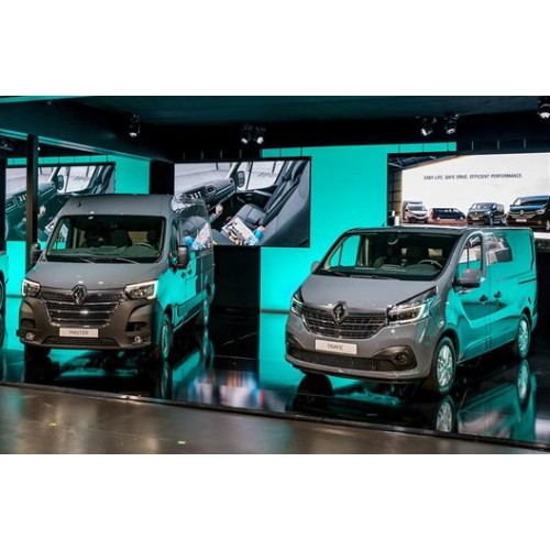 Renault завезет в Украину обновленный Master и Trafic