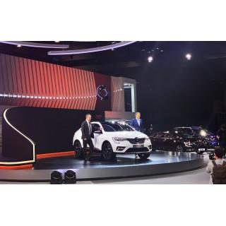 Кроссовер Renault Arkana превратился в Samsung XM3