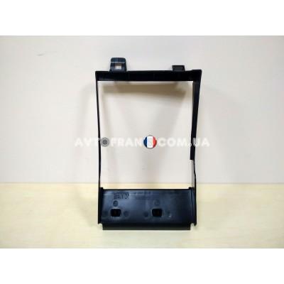 Дефлектор радиатора интеркулера Renault  Sandero 2 оригинал 215581554R