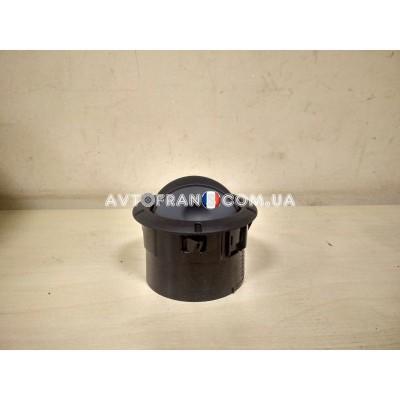 687606360R Воздуховод салона дефлектор (черный) Renault Оригинал